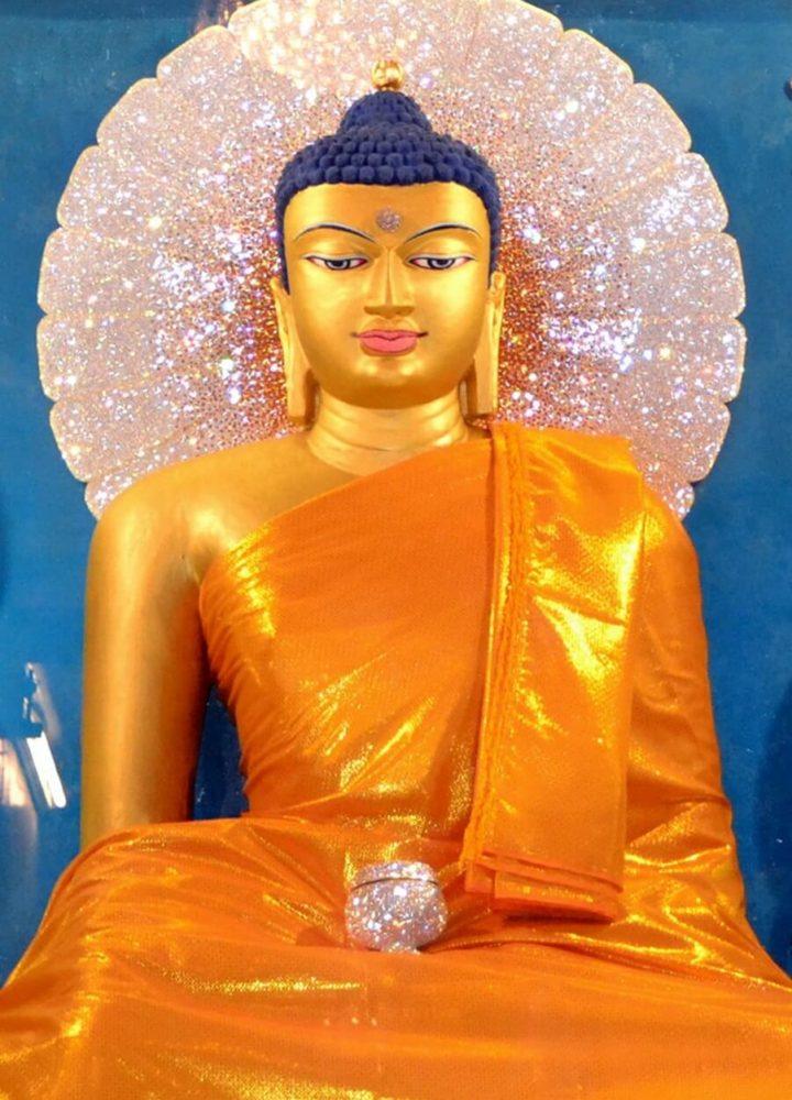 Buddha_in_Mahabodhi_Temple